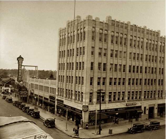 Washington Square Building in 1928